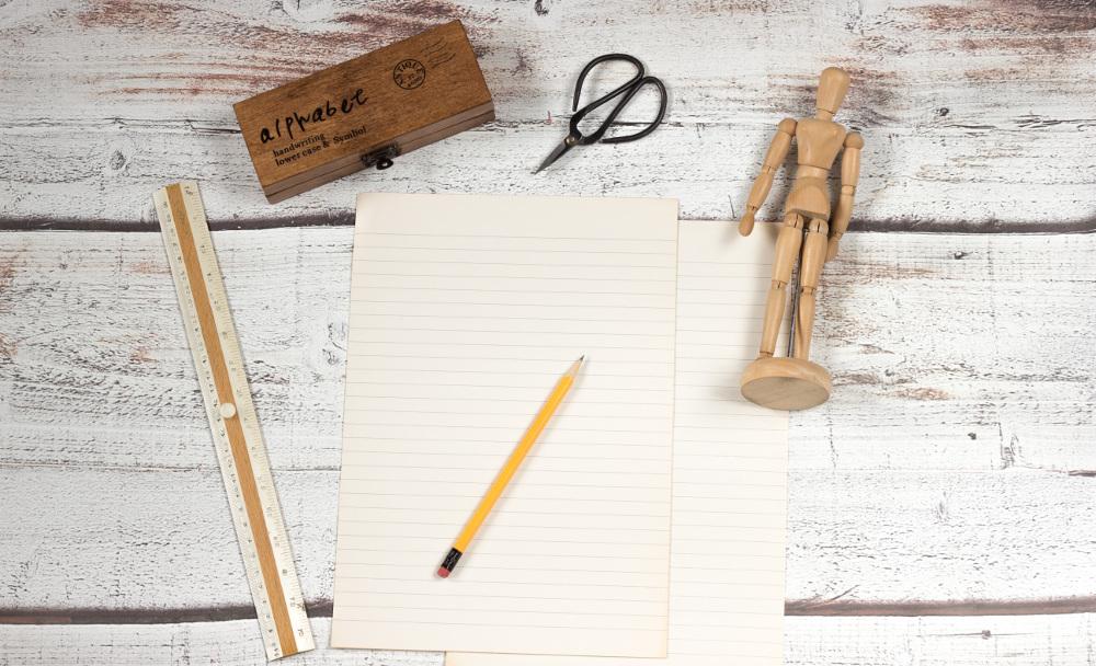 Stift und Blatt Papier